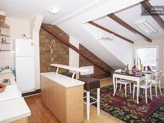 Spacious apartment in the center of Sarajevo with Internet, Washing machine, Air