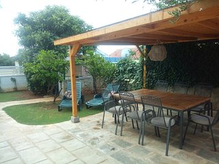 Spacious apartment in the center of Tisno with Parking, Internet, Washing machin
