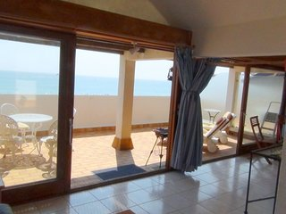Cozy apartment in Saint-Cyprien with Parking, Internet, Washing machine, Air con