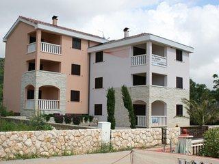 Spacious apartment in Stara Novalja with Parking, Air conditioning, Balcony, Gar