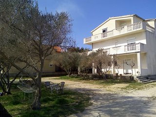 Spacious apartment in the center of Nin with Parking, Internet, Balcony, Terrace