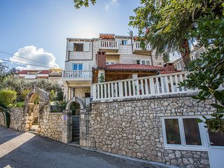 Cozy apartment in the center of Korcula with Parking, Internet, Air conditioning