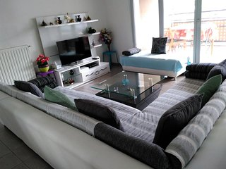 Spacious apartment in the center of Saint-Priest with Lift, Parking, Internet, W