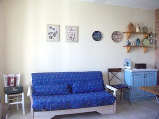 Spacious apartment very close to the centre of Orosei with Parking, Internet, Wa