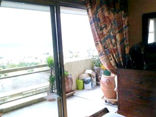 Cozy apartment close to the center of Antibes with Parking, Internet, Washing ma