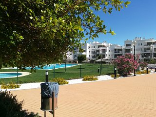Spacious apartment in Almería with Parking, Washing machine, Air conditioning, P