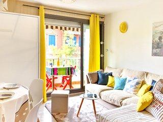 Cosy studio in Arcachon with Lift, Parking, Washing machine, Balcony