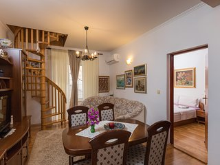 Cozy apartment in the center of Cavtat with Internet, Air conditioning, Terrace