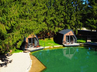 Lake House near the National Park Plitvice Lakes