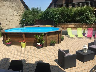 Cozy house in the center of Biesheim with Parking, Internet, Washing machine, Po