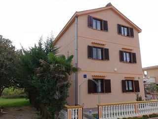 Cozy apartment close to the center of Nin with Parking, Internet, Air conditioni