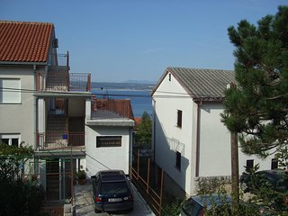 Spacious apartment close to the center of Crikvenica with Parking, Washing machi