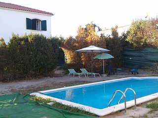 Spacious villa in Santana with Parking, Internet, Pool, Balcony