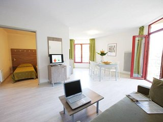 Cosy studio in the center of Allevard with Parking