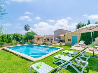 Spacious villa in Arta with Parking, Internet, Washing machine, Pool