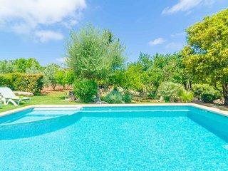 Spacious villa in Arta with Parking, Internet, Washing machine, Pool