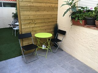 Cosy studio in the center of Antibes with Parking, Internet, Air conditioning, T