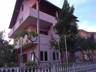 Spacious apartment close to the center of Zadar with Parking, Internet, Air cond