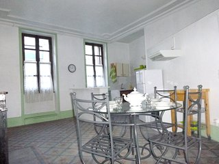 Spacious house in the center of Joyeuse with Internet, Washing machine, Terrace