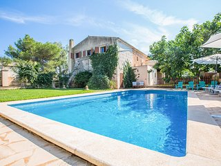 Spacious villa in Santanyí with Internet, Washing machine, Pool, Terrace