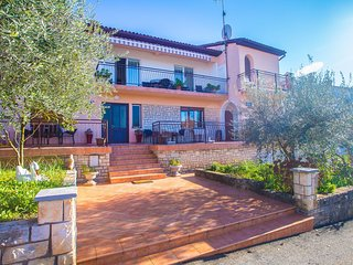 Cozy apartment in the center of Porec with Internet, Air conditioning, Balcony