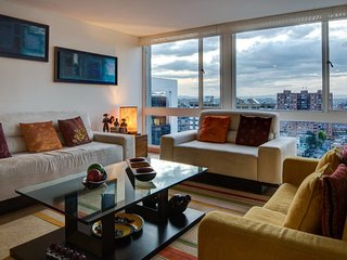 Spacious apartment in Bogota with Lift, Internet, Washing machine