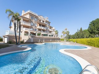 Cozy apartment in Oliva with Lift, Washing machine, Air conditioning, Pool