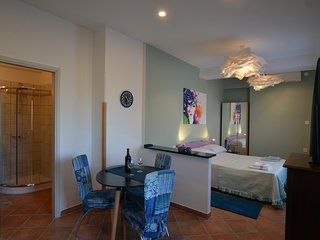 Cozy aparthotel very close to the centre of Rovinj with Parking, Internet, Air c