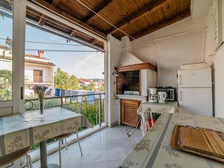 Cozy apartment in the center of Poreč with Parking, Internet, Air conditioning,