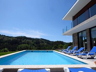 Spacious villa in the center of Tabuacas with Parking, Internet, Washing machine
