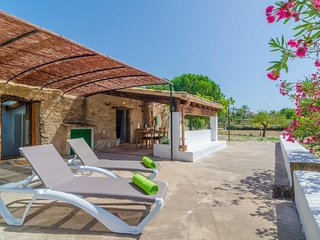 Cozy house in Montuïri with Parking, Internet, Washing machine, Terrace