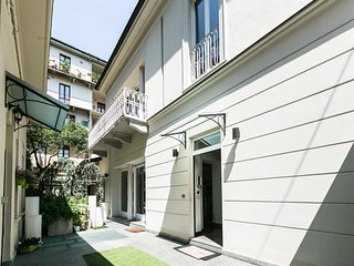 Spacious house close to the center of Turin with Parking, Internet, Washing mach