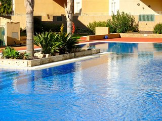 Spacious apartment in the center of Los Alcázares with Parking, Internet, Washin