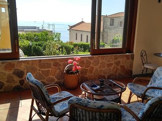 Cozy house very close to the centre of Lipari with Air conditioning, Terrace