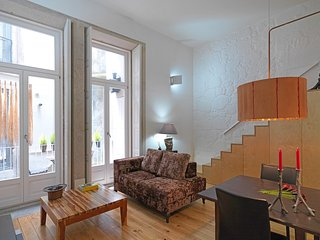 Cozy apartment in the center of Porto with Lift, Internet, Washing machine, Balc