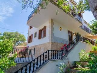 Spacious house in Llucmajor with Internet, Washing machine, Air conditioning, Ba