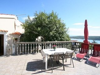 Cozy apartment in the center of Cizici with Parking, Internet, Balcony