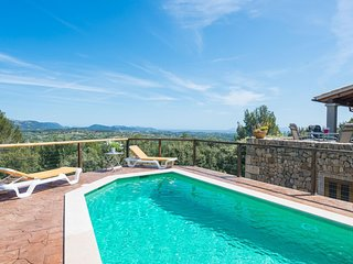 Cozy villa in Selva with Parking, Internet, Washing machine, Pool