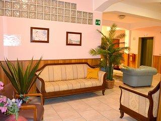 Cosy studio very close to the centre of Reggio Calabria with Parking, Air condit