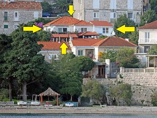 Cozy apartment in the center of Korcula with Internet, Air conditioning, Balcony