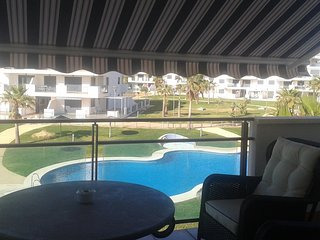 Spacious apartment in Almería with Lift, Parking, Washing machine, Air condition