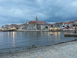 Spacious apartment in the center of Umag with Internet, Air conditioning