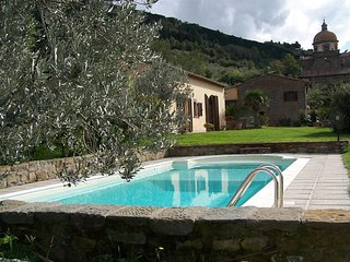Cozy country house in Cortona with Parking, Internet, Washing machine, Air condi