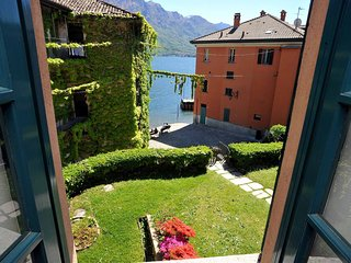 Spacious apartment in the center of Bellagio with Parking, Internet, Washing mac