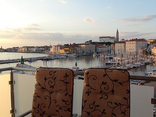 Spacious apartment in Piran with Internet, Air conditioning, Balcony