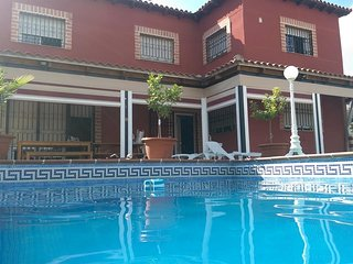 Spacious country house in Sesena with Parking, Internet, Washing machine, Air co