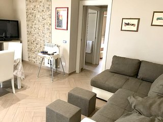 Spacious apartment close to the center of Aci Castello with Lift, Parking, Inter