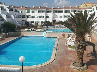 Spacious apartment in Arona with Parking, Internet, Washing machine, Pool