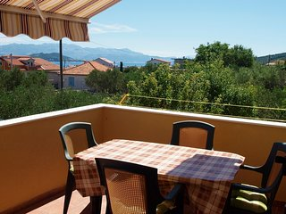 Cozy apartment in the center of Slatine with Parking, Internet, Air conditioning
