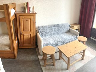 Cozy apartment in the center of Barcelonnette with Parking, Balcony